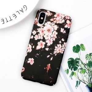 Accessories - ⚠️Clearance NEW iPhone 7/8 Blossom Hard case